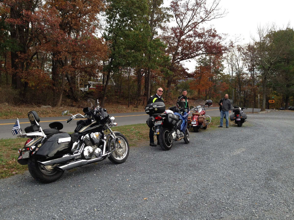 Slow Riders Motorcycle Club - Fall Group Ride